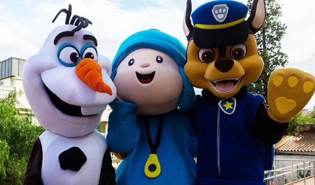 Olaf, Pocoyó i Chase
