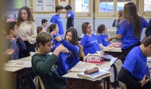 Abans d'iniciar la jornada es va repartir merchandising entre l'alumnat participant.